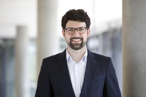 Prof. Dr. Adrian Meier